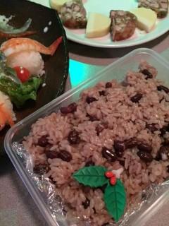 〈いとへんグルメ〉忘年会&祝賀会とお赤飯